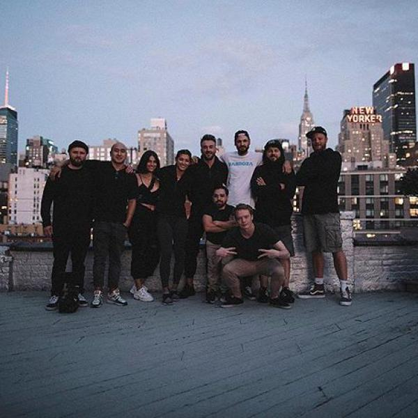 Gang of New York @barboza @studiostevephotos #strassenkinder #rooftop #newyork #allblack #offwhite #keinurlaub #hartearbeit #buildyourself #drinkyourself